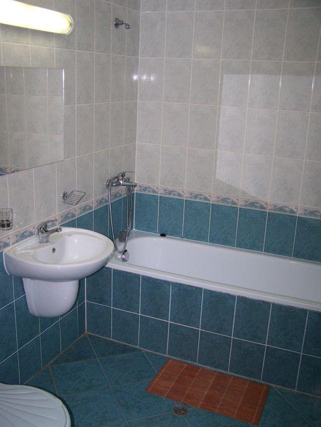 Summer Dreams Apartments - Bathroom
